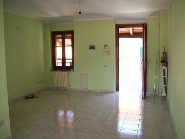 Bilocale Fontaneto d Agogna Via Delle Porte 4