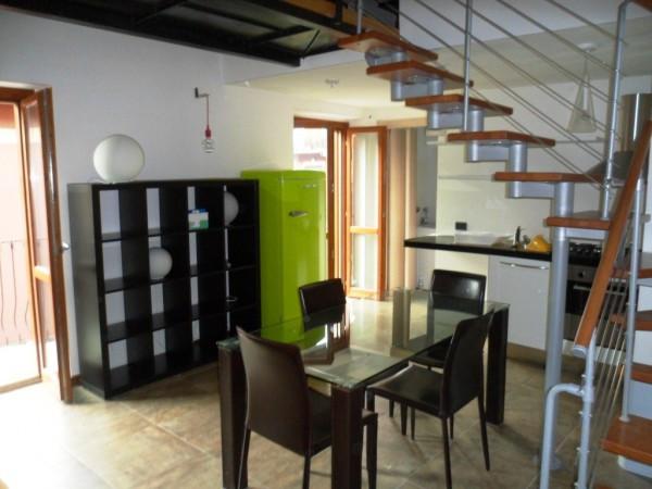 Appartamento in affitto a Taino, 2 locali, prezzo € 500 | Cambio Casa.it