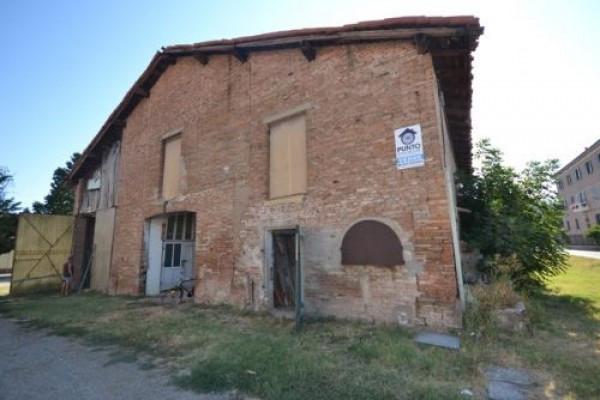 Rustico in Vendita a San Giovanni In Persiceto: 5 locali, 500 mq