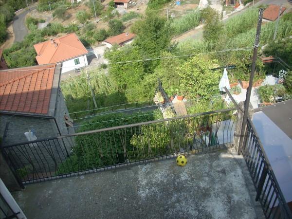 Soluzione Indipendente in vendita a Beverino, 5 locali, prezzo € 65.000 | Cambio Casa.it