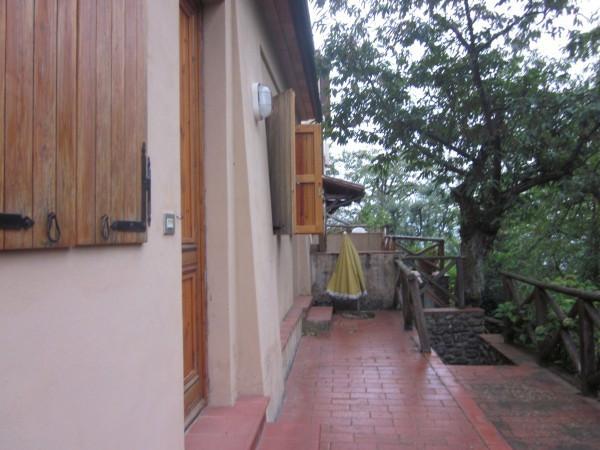 Soluzione Indipendente in vendita a Pistoia, 6 locali, prezzo € 210.000 | Cambio Casa.it