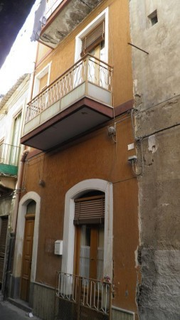 Soluzione Indipendente in vendita a Paternò, 4 locali, prezzo € 59.000 | Cambio Casa.it
