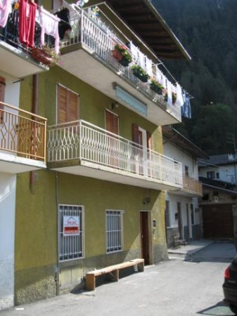 Appartamento in vendita a Branzi, 3 locali, prezzo € 85.000 | Cambio Casa.it