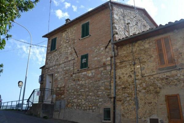 Casa indipendente in Vendita a Fabro: 3 locali, 108 mq