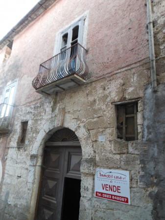 Soluzione Indipendente in vendita a Teano, 6 locali, prezzo € 20.000 | Cambio Casa.it