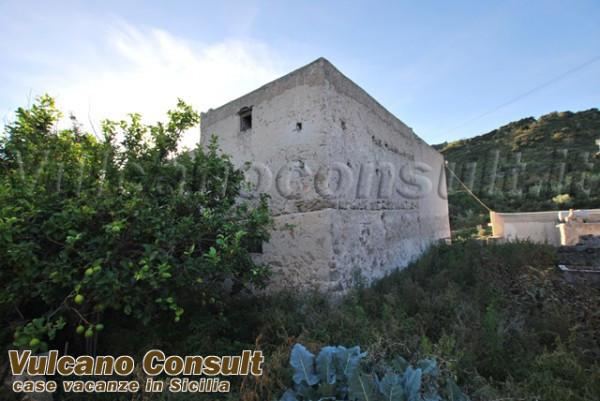 Soluzione Indipendente in vendita a Lipari, 6 locali, prezzo € 200.000 | CambioCasa.it