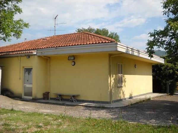 Villa in vendita a Teramo, 6 locali, prezzo € 98.000 | Cambio Casa.it