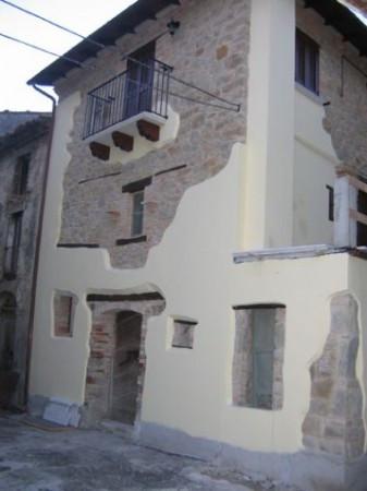 Appartamento in vendita a Colledara, 4 locali, prezzo € 7.500 | Cambio Casa.it