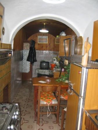 Soluzione Indipendente in vendita a Cermignano, 6 locali, prezzo € 35.000 | Cambio Casa.it
