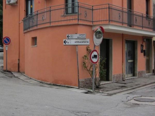 Negozio / Locale in vendita a Colledara, 3 locali, prezzo € 35.000 | Cambio Casa.it