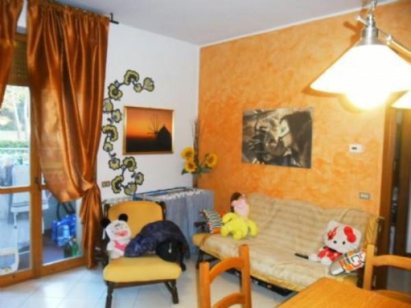 Bilocale Prato Via Righi 1