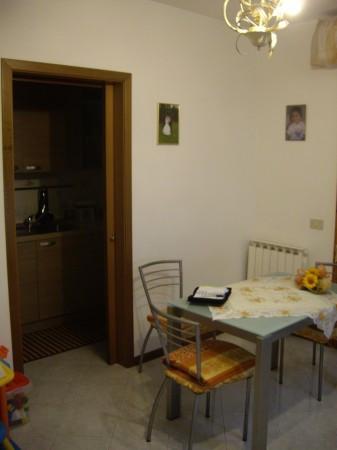 Bilocale Montemurlo Via De Nicola 3