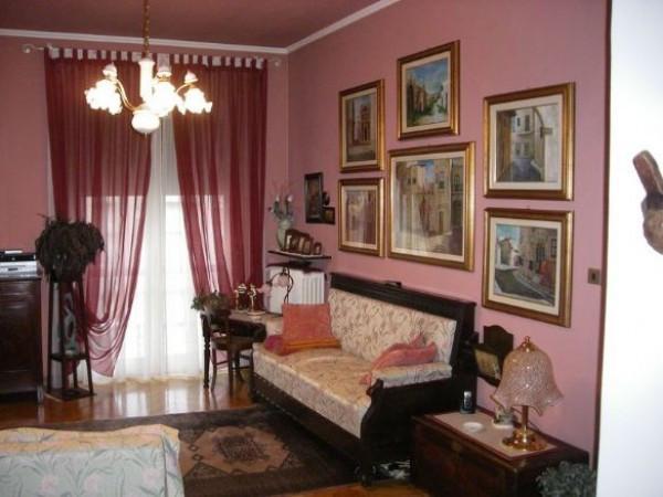 Appartamento in vendita a Biella, 4 locali, prezzo € 90.000   CambioCasa.it