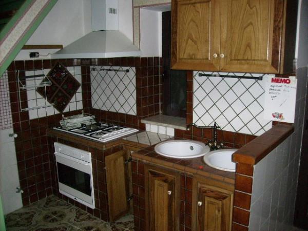 Soluzione Indipendente in vendita a Marzano Appio, 6 locali, prezzo € 53.000 | Cambio Casa.it