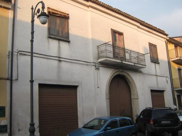 Soluzione Indipendente in vendita a Pietramelara, 6 locali, prezzo € 120.000 | Cambio Casa.it