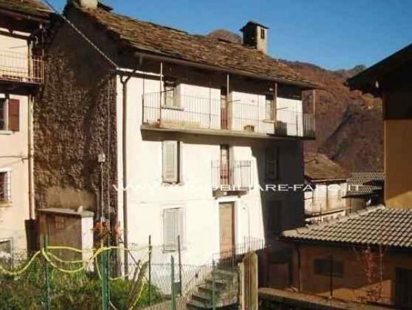 Rustico / Casale in vendita a Gurro, 6 locali, prezzo € 50.000 | Cambio Casa.it