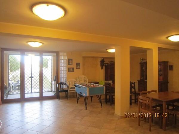 Villa in vendita a Tarquinia, 6 locali, prezzo € 680.000 | Cambio Casa.it