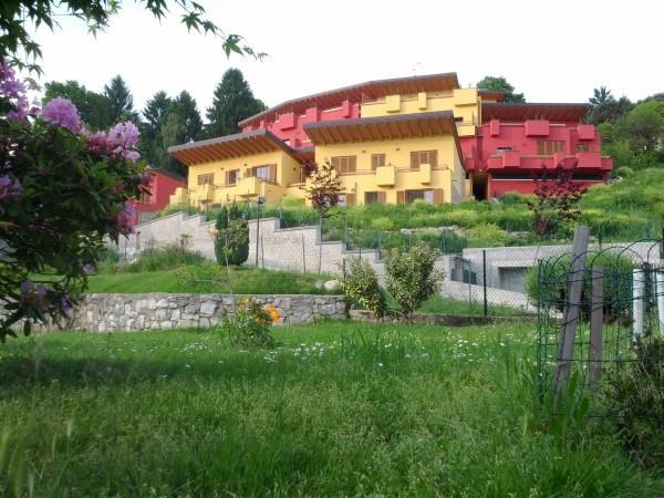Appartamento in vendita a Besozzo, 3 locali, prezzo € 189.000 | Cambio Casa.it