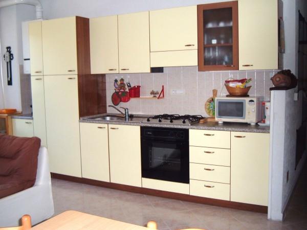 Appartamento in vendita a Deiva Marina, 3 locali, prezzo € 179.000 | Cambio Casa.it