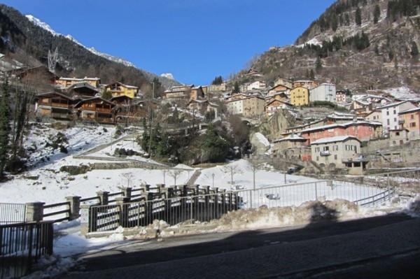 Bilocale Branzi Via Cascata 9