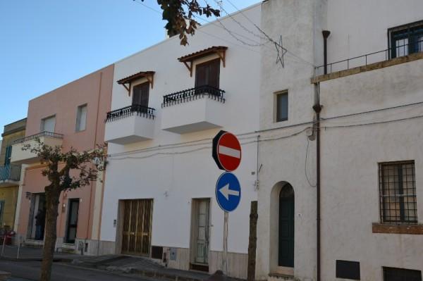 Palazzo / Stabile in vendita a Morciano di Leuca, 4 locali, prezzo € 140.000 | CambioCasa.it
