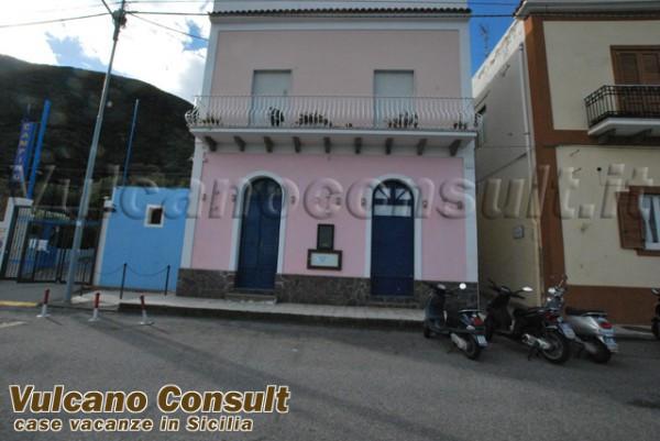 Negozio / Locale in vendita a Lipari, 4 locali, prezzo € 410.000 | CambioCasa.it