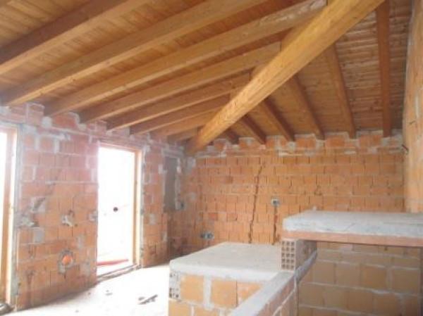 Appartamento in vendita a Chignolo Po, 3 locali, prezzo € 50.000 | Cambio Casa.it