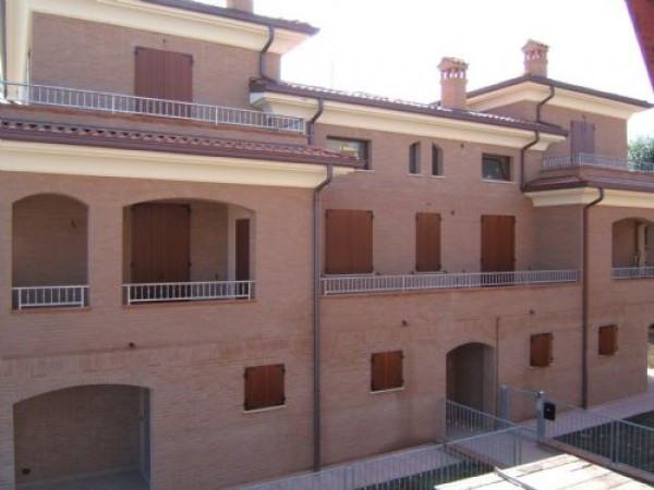 Appartamento in vendita a San Prospero, 6 locali, prezzo € 169.000   CambioCasa.it