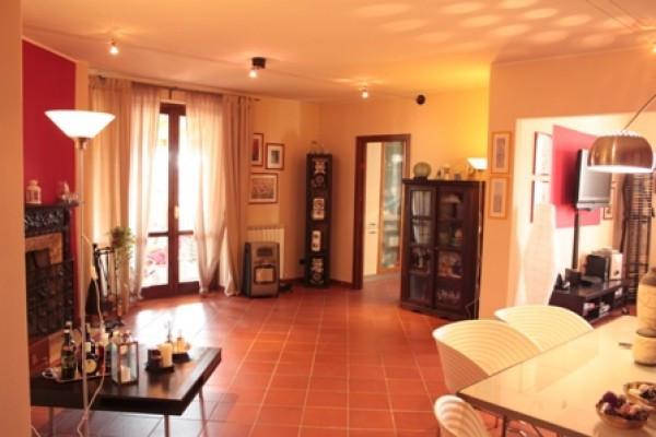 Appartamento in Vendita a Corciano Periferia: 4 locali, 130 mq