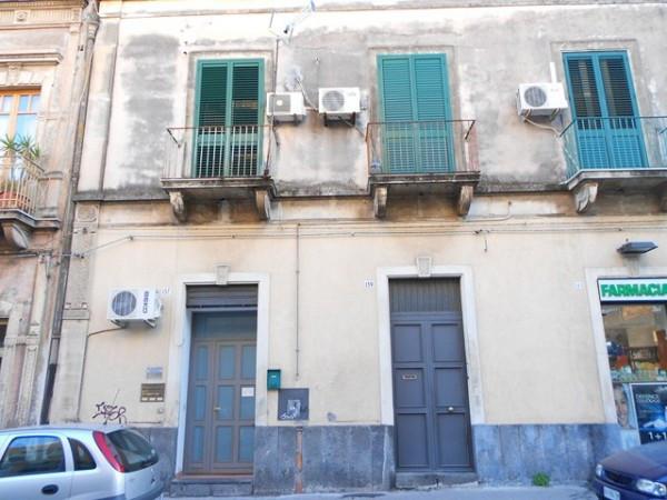 Bilocale Catania Via Galatioto 9