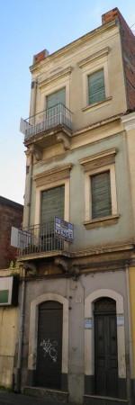 Palazzo / Stabile in vendita a Paternò, 3 locali, prezzo € 149.000 | CambioCasa.it