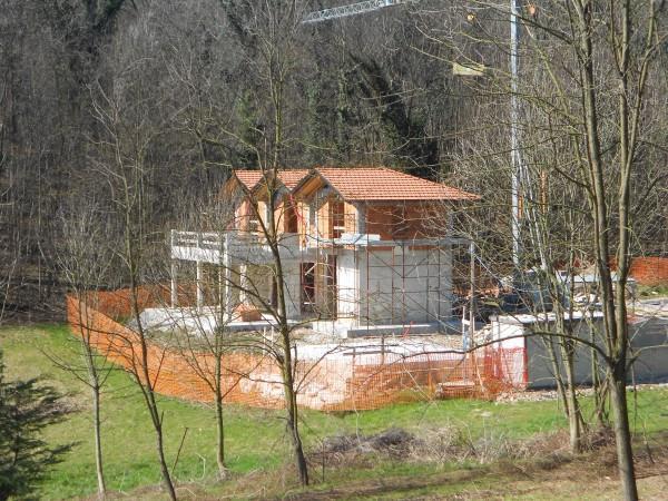 Villa in vendita a Besozzo, 4 locali, prezzo € 398.000 | Cambio Casa.it
