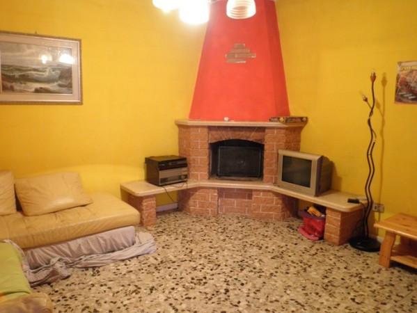 Villa in vendita a Val Brembilla, 6 locali, prezzo € 249.000 | Cambio Casa.it