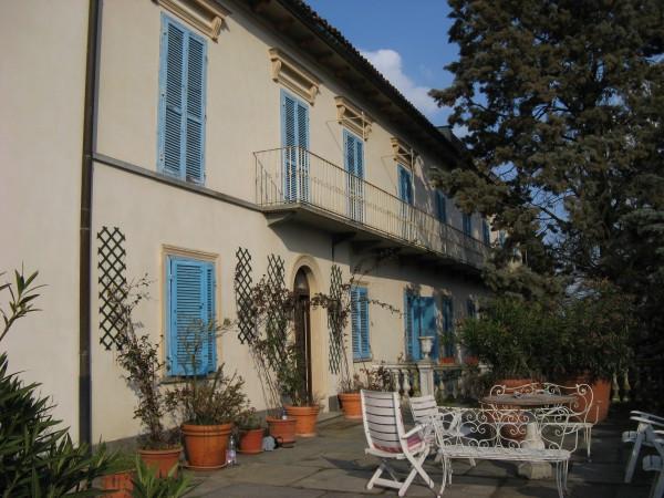 Villa in vendita a San Sebastiano da Po, 6 locali, Trattative riservate | Cambio Casa.it