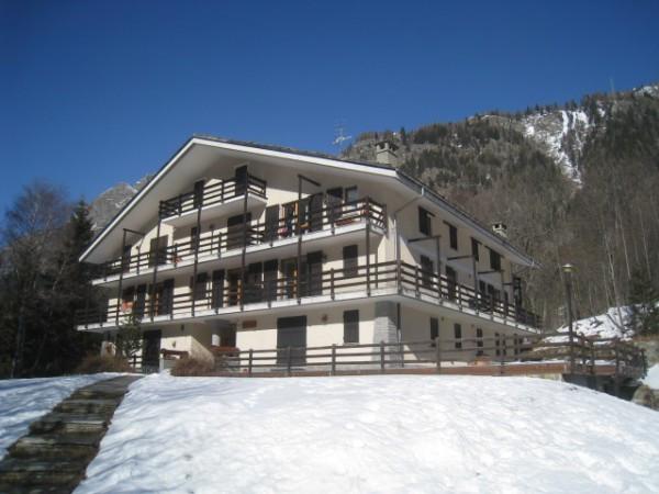 Appartamento in vendita a Gressoney-Saint-Jean, 3 locali, prezzo € 300.000   Cambio Casa.it