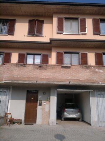 Villa a Schiera in vendita a Sant'Angelo Lodigiano, 4 locali, prezzo € 198.000 | Cambio Casa.it