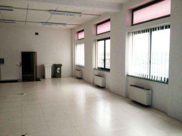Ufficio / Studio in affitto a Settimo Milanese, 1 locali, prezzo € 2.083 | Cambio Casa.it