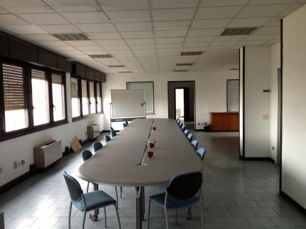 Ufficio / Studio in affitto a Brescia, 6 locali, prezzo € 90.000 | CambioCasa.it