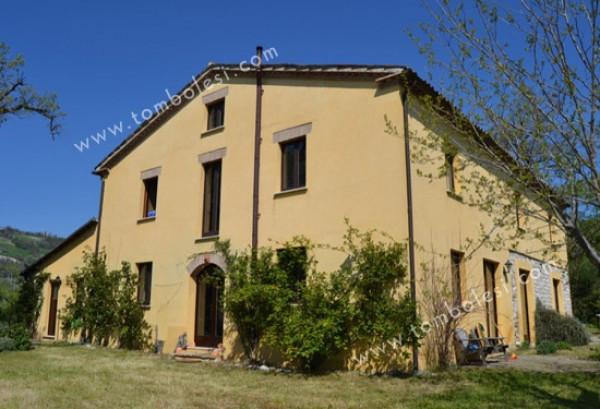 Rustico / Casale in vendita a Pergola, 6 locali, prezzo € 499.000 | Cambio Casa.it