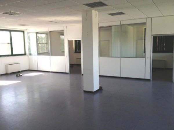 Ufficio / Studio in affitto a Settimo Milanese, 6 locali, prezzo € 1.833 | Cambio Casa.it