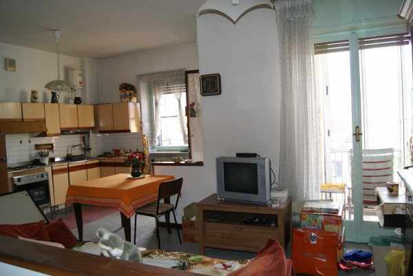 Bilocale Ivrea Via Ravaschietto 4