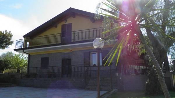 Villa in vendita a Ragalna, 6 locali, prezzo € 299.000 | Cambio Casa.it