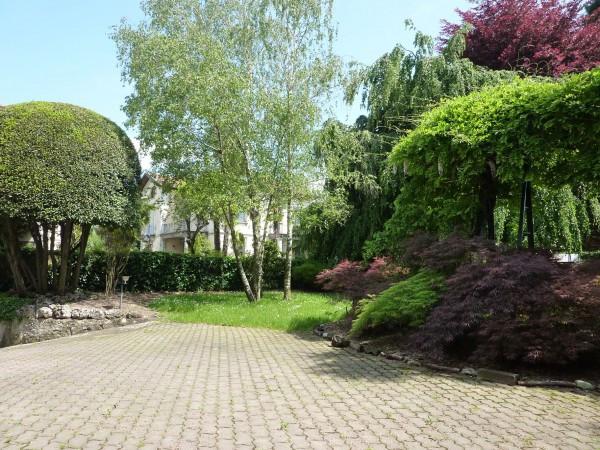 Villa in vendita a Albiolo, 6 locali, prezzo € 600.000 | Cambio Casa.it