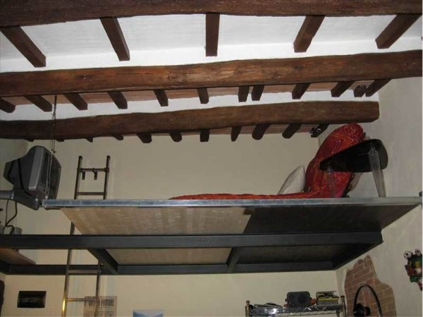 Bilocale Montaione Via Tegoliccio 6