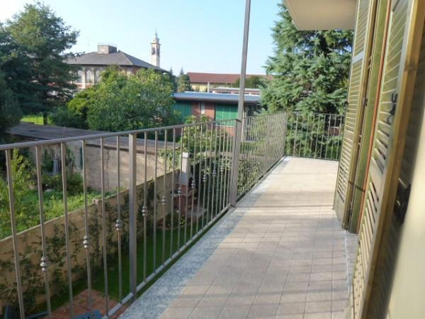 Bilocale Origgio Via Piantanida 12