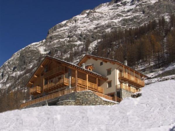 Albergo in vendita a Gressoney-la-Trinitè, 6 locali, Trattative riservate | Cambio Casa.it