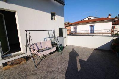 foto Appartamento Vendita Carugo