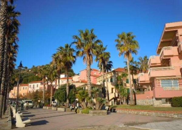 Vendita  bilocale San Lorenzo al Mare Via Cipressa 1 902596