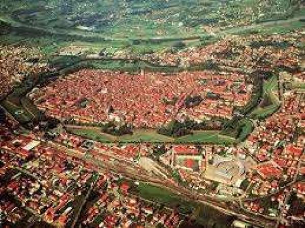 Affitto  bilocale Lucca Via Per Corte Sandorini 1 668112