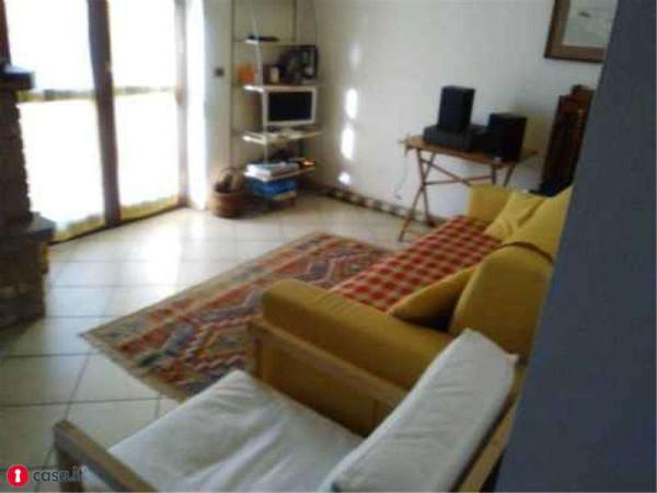 Vendita  bilocale Castiglione d Intelvi Appartamento In Vendita Via Roma, Castiglione D'intelvi 1 920346